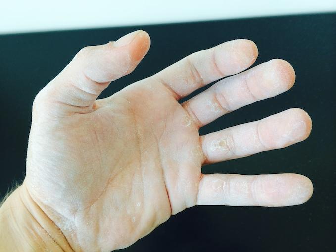 eco ball hand