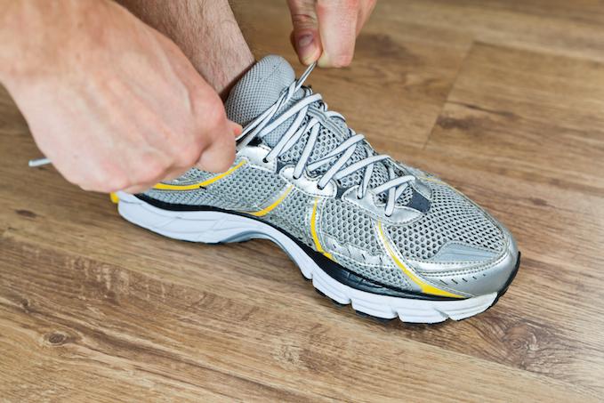 tying shoe gym